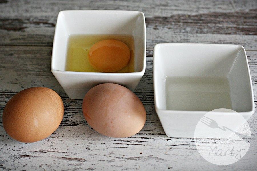 Jak sprawdzić świeżość jajek i ugotować idealne jajko w koszulce