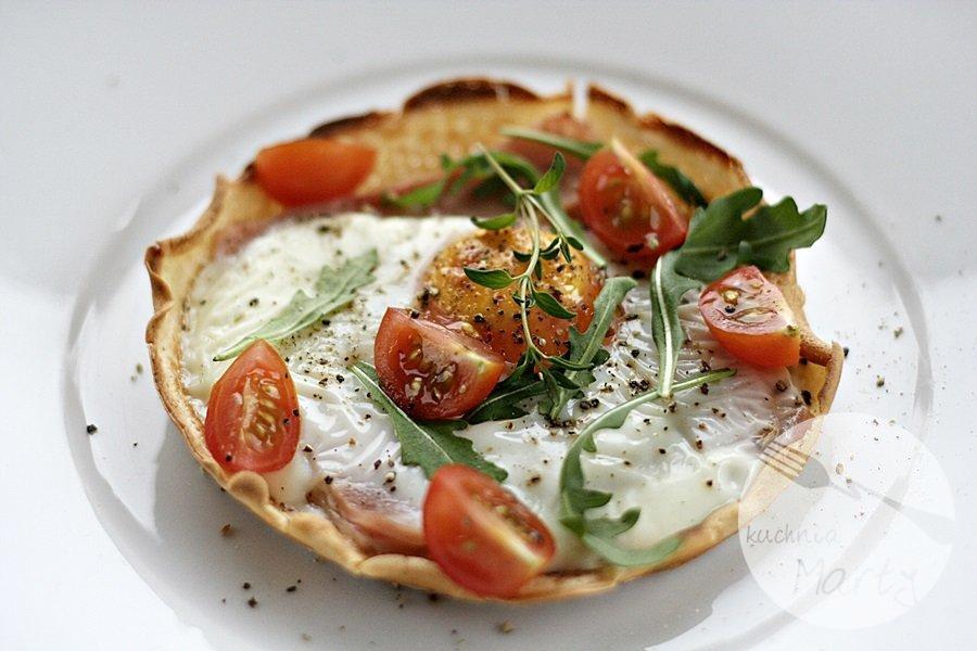 Naleśnik z jajkiem sadzonym