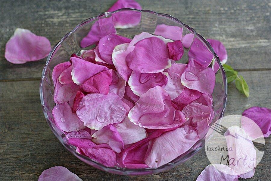 Niezwykłe właściwości dzikiej róży