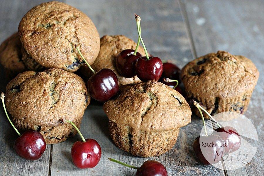 Muffinki z czereśniami i makiem