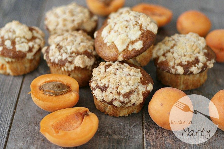 Morelowe muffinki z kruszonką