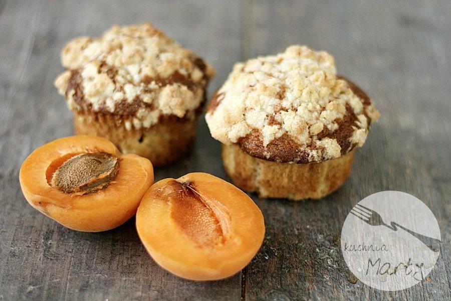 7462.900 - Morelowe muffinki z kruszonką