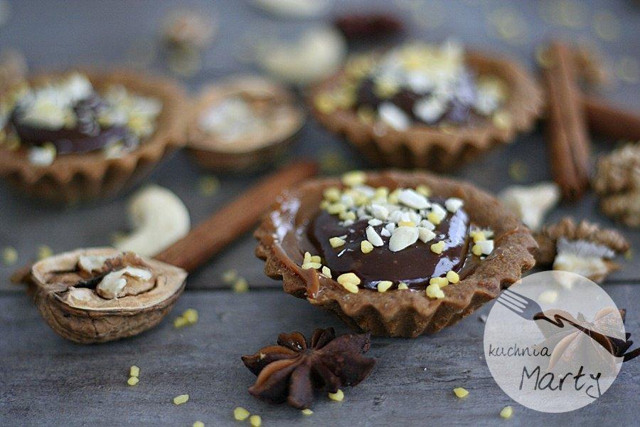3715.900 - Tartaletki orzechowe z kremem kajmakowym i czekoladą