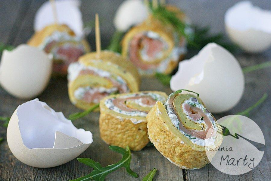 5541.900 - Roladki z omleta z łososiem