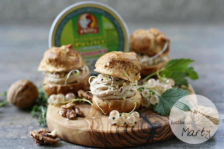 1261.900 - Mini ptysie z oszukanym foie gras