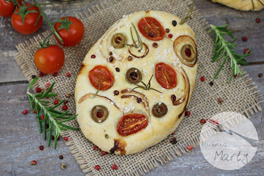 8464.900 - Focaccia z pomidorami, oliwkami i rozmarynem