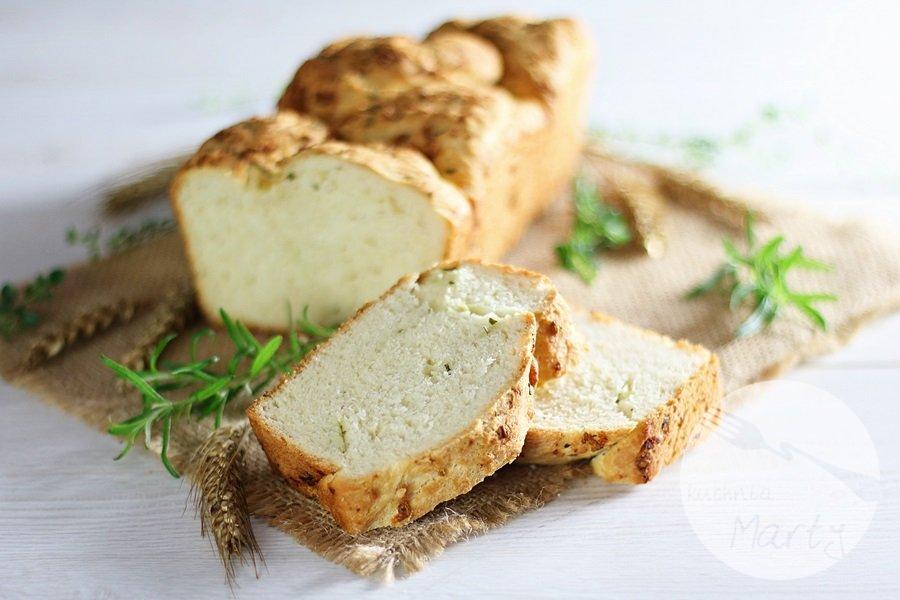 3005 - Czosnkowy chlebek