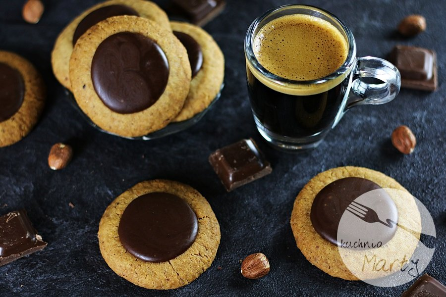7251 - Ciasteczka orzechowo kawowe z czekoladą