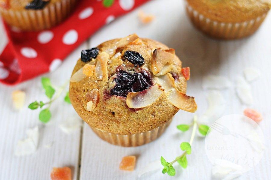 7430 - Orkiszowe muffinki z wiśniami