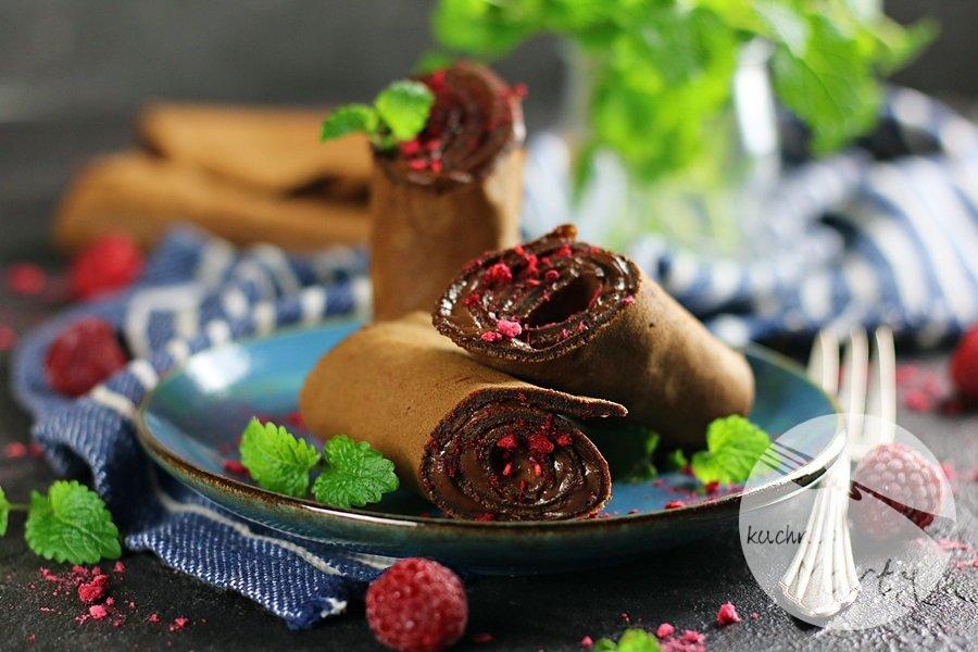 7639 - Naleśniki czekoladowe z kremem kawowym