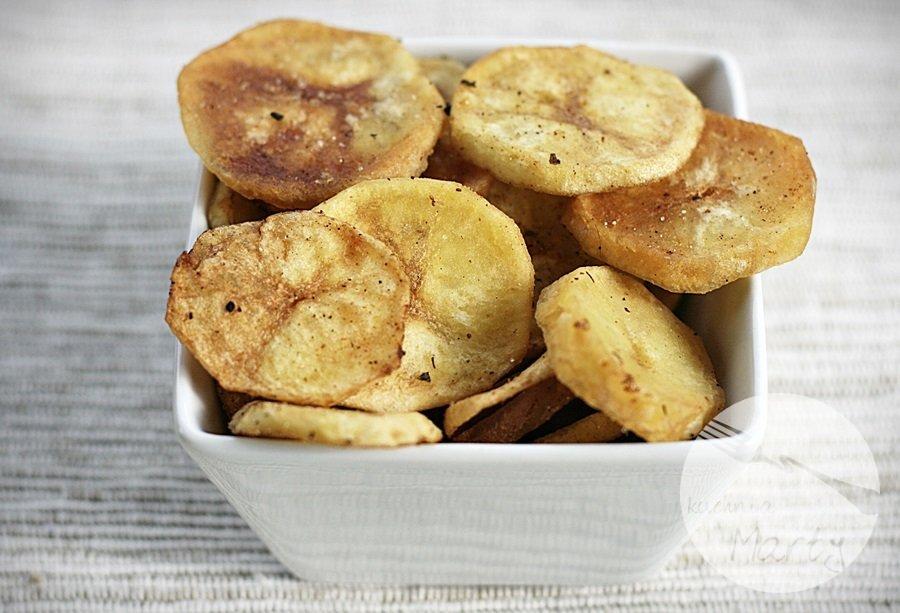 Wątróbka drobiowa w sosie z kurek z ziemniaczanymi talarkami - talarki