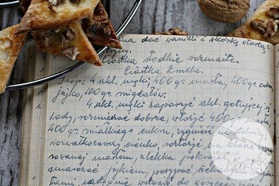 U Babci jest słodko, świat pachnie szarlotką – czyli zapomniane przepisy z zeszytu Babci!