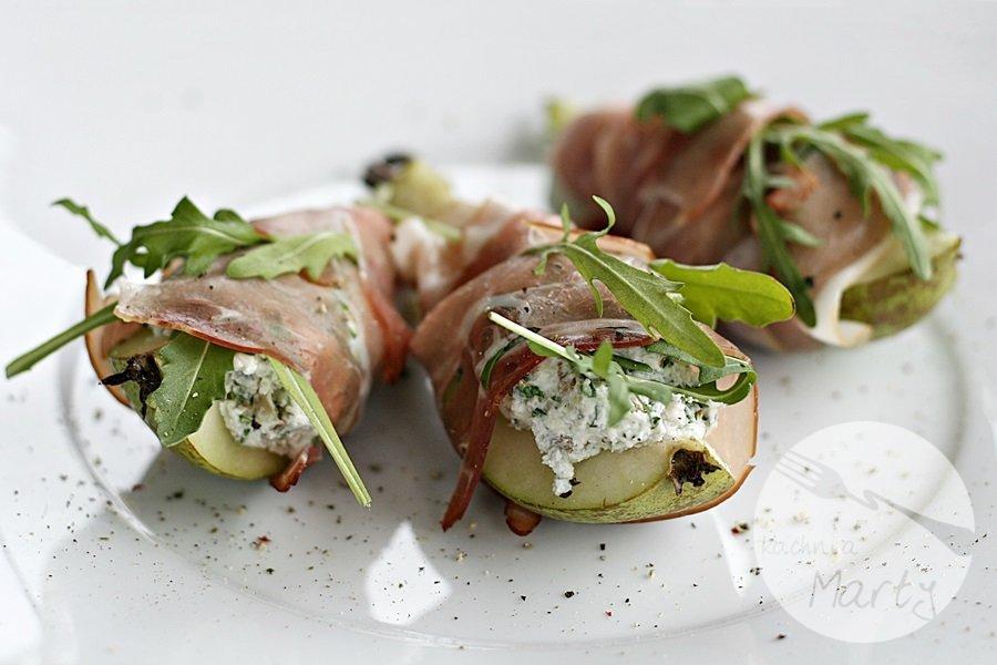 0203.900 - Gruszki z serem pleśniowym w szynce