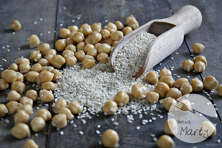 2214.900 - Hummus – niezwykła pasta z ciecierzycy