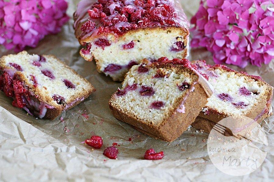 8676.900 - Jogurtowe ciasto z malinami
