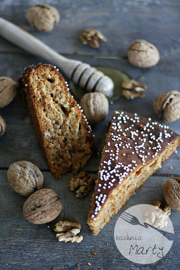 1717.900 - Miodowe ciasto z orzechami