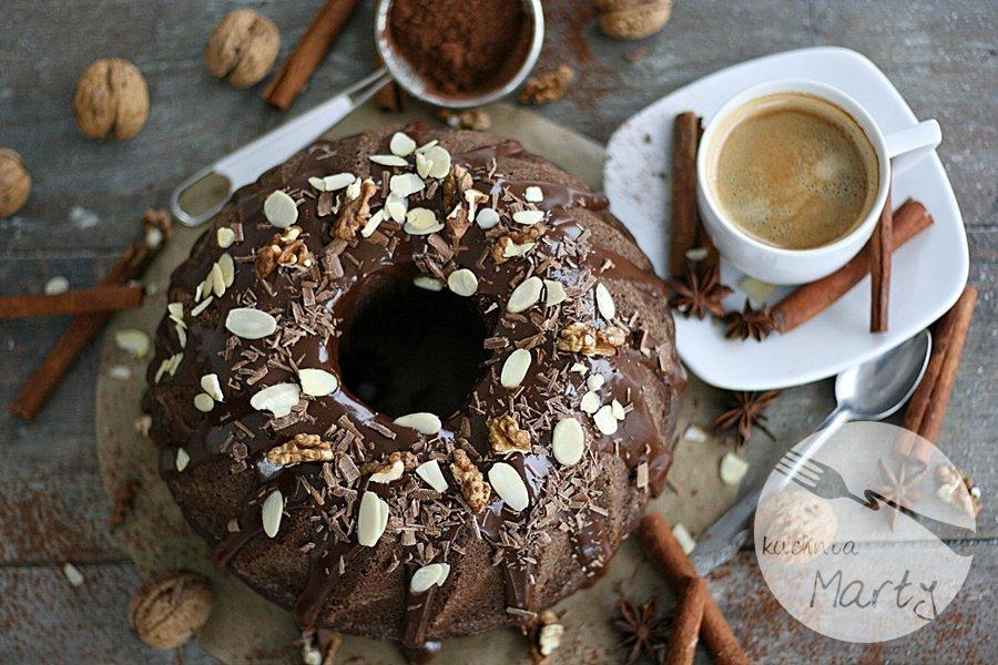 3632.900 - Jogurtowa babka kakaowa z bakaliami