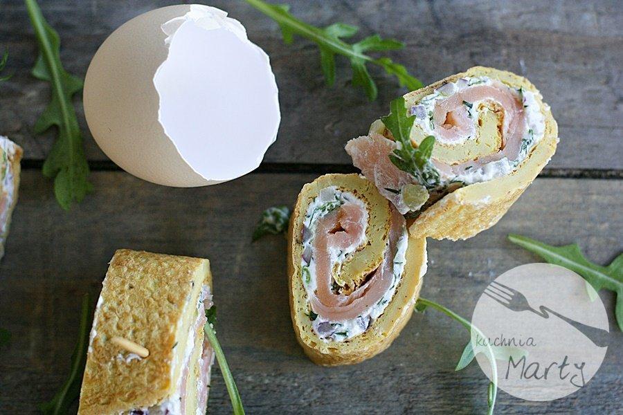 5546.900 - Roladki z omleta z łososiem