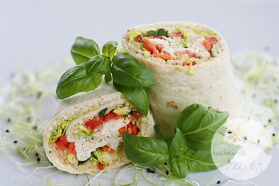 5747.900 - Tortilla z komosą ryżową, kurczakiem i warzywami
