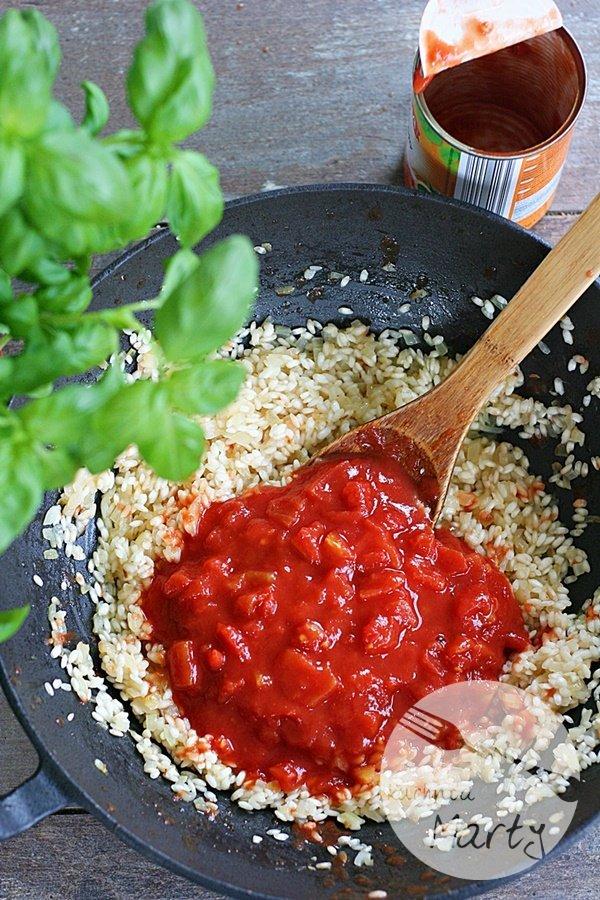Risotto pomidorowe z krewetkami