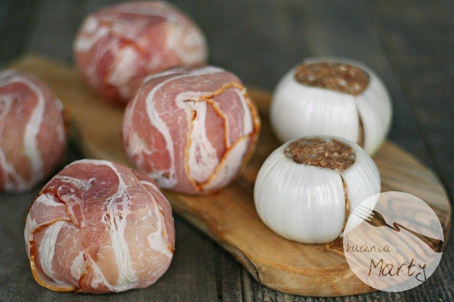 0120.900 - Cebulowe kulki nadziewane mięsem mielonym