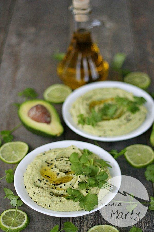 9672.900 - Hummus z awokado