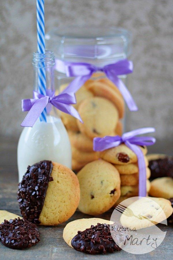 1596.900 - Proste ciasteczka maślane