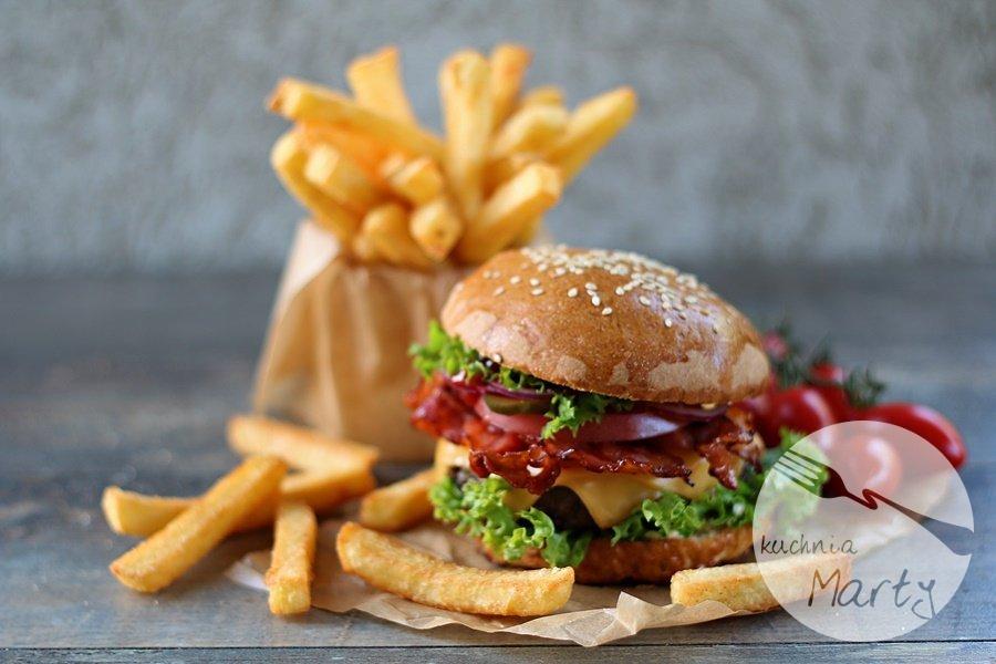 1515.900 - Najlepsze domowe hamburgery z frytkami Super Crunch