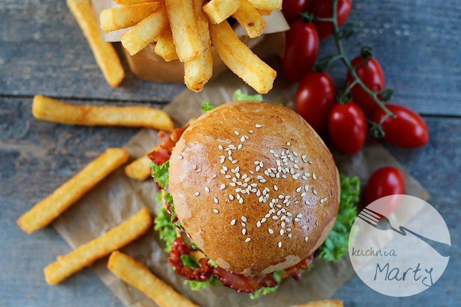 Najlepsze domowe hamburgery z frytkami Super Crunch