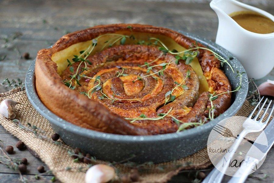 4362.900 - Yorkshire pudding z kiełbaskami i sosem musztardowo miodowym