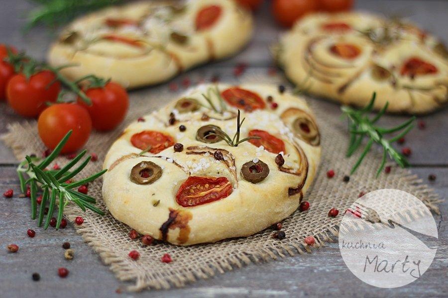 8458.900 - Focaccia z pomidorami, oliwkami i rozmarynem