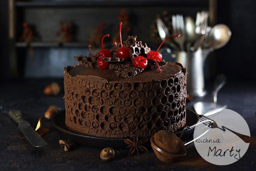 5023.900 - Tort czekoladowo wiśniowy