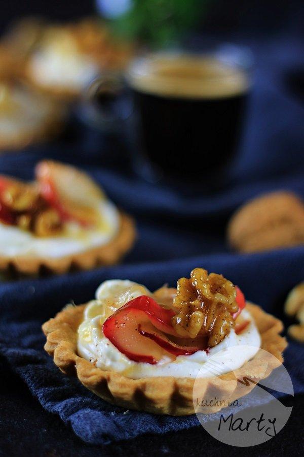 Tartaletki z jabłkami i mascarpone