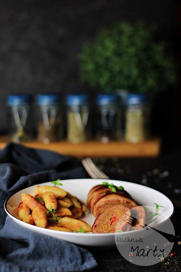 Rolady z mięsa mielonego z serem w boczku