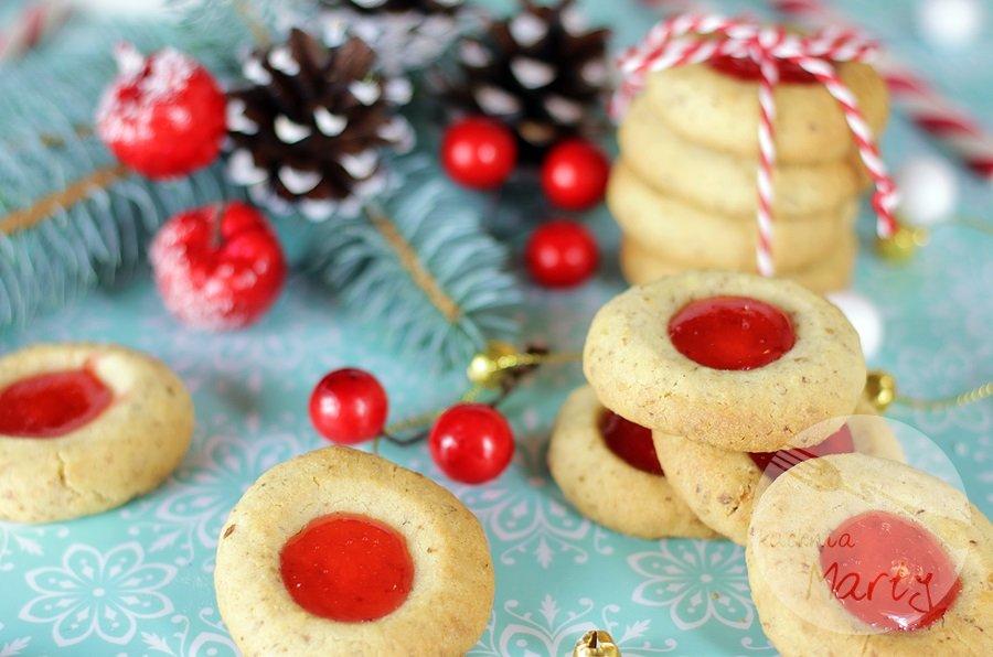 Orzechowe ciasteczka z galaretką