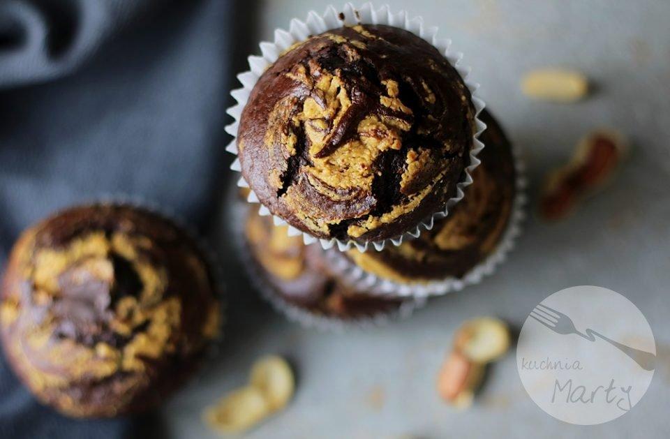 0644 960x629 - Muffinki czekoladowe z masłem orzechowym