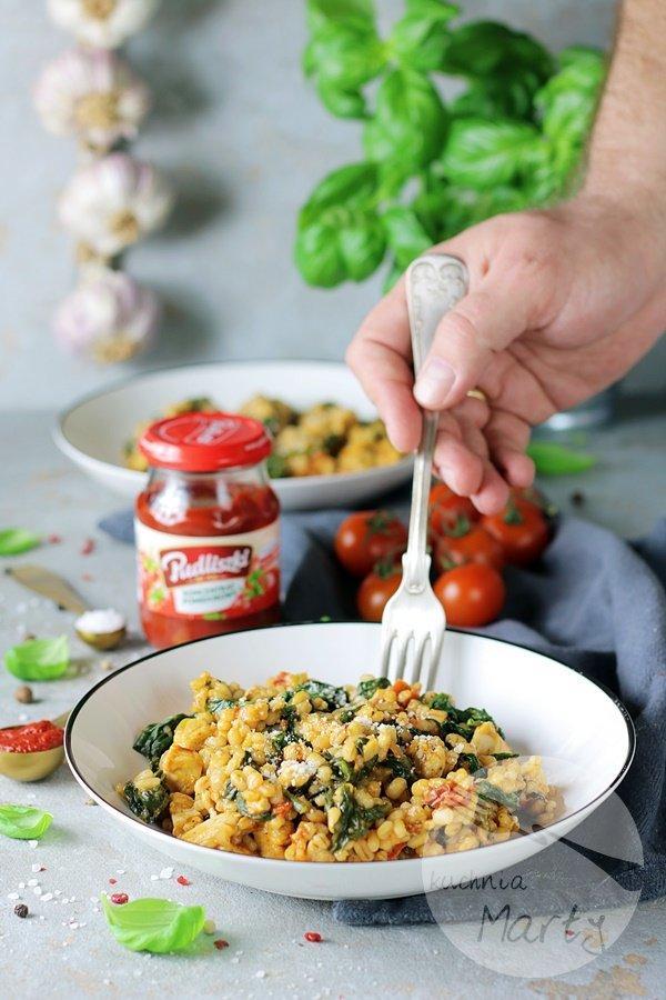 7521 - Kaszotto z kurczakiem i suszonymi pomidorami