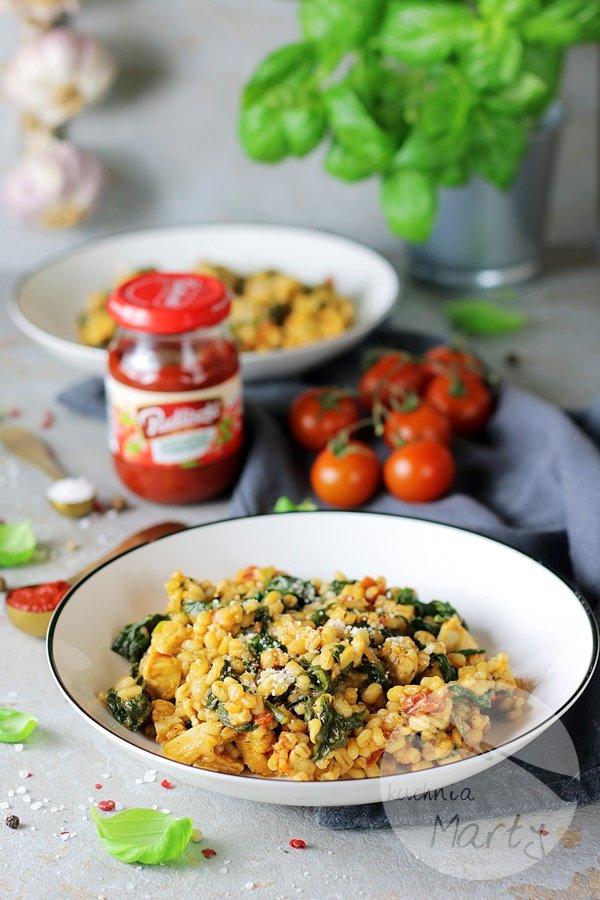 7538 - Kaszotto z kurczakiem i suszonymi pomidorami