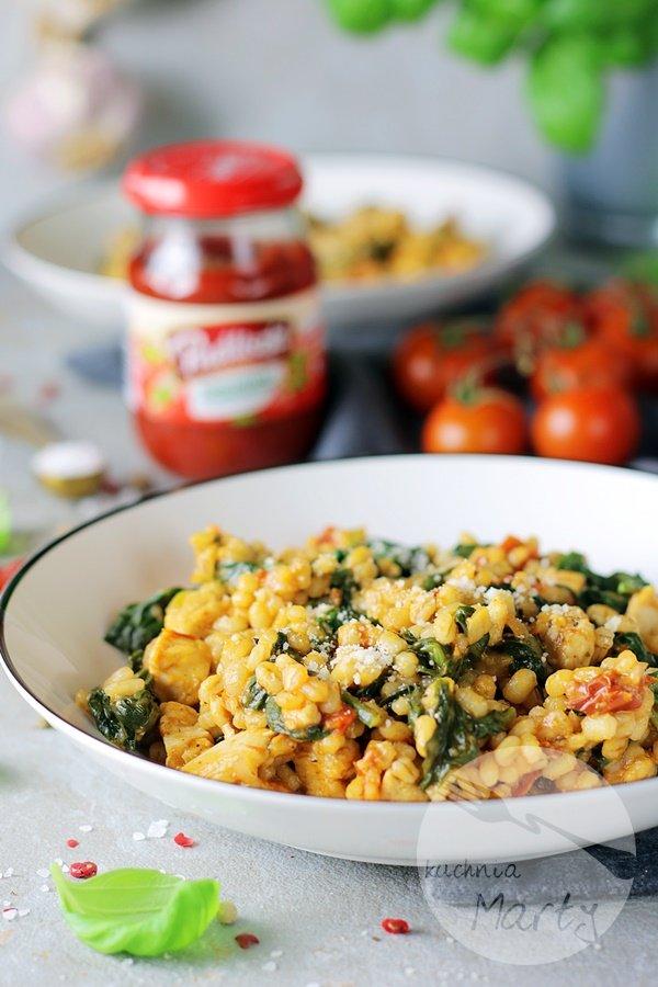 7544 - Kaszotto z kurczakiem i suszonymi pomidorami