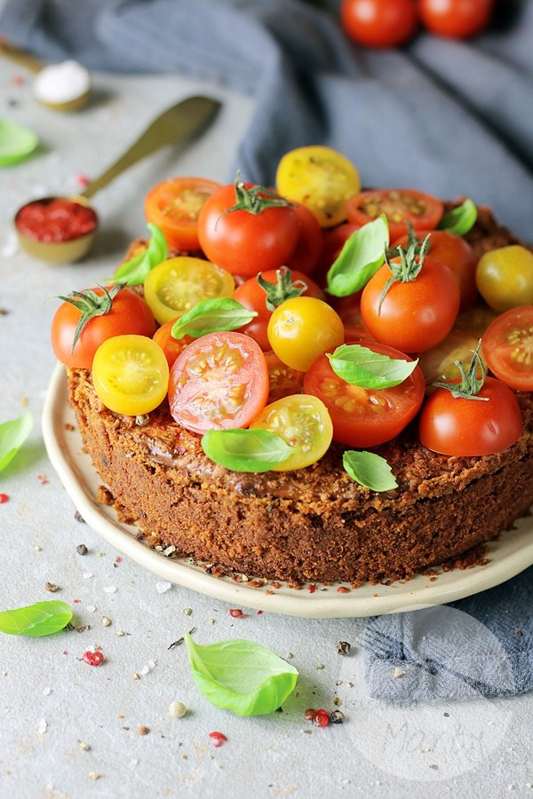7591 - Sernik pomidorowo bazyliowy