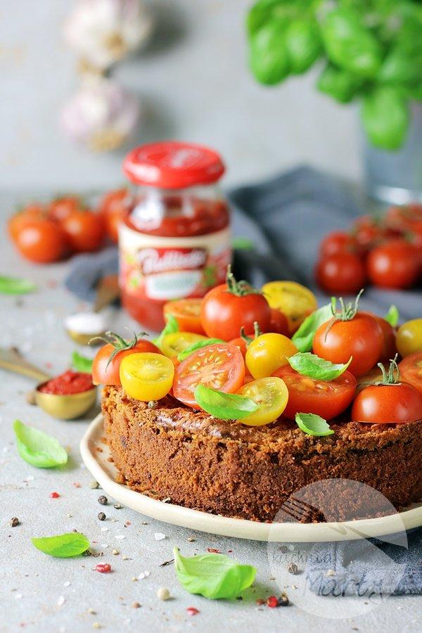 7621 - Sernik pomidorowo bazyliowy
