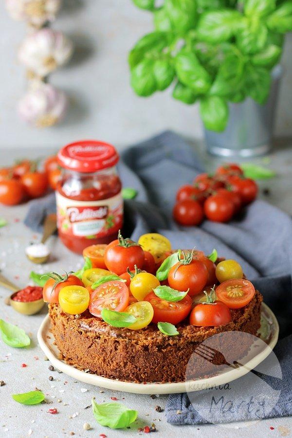 7635 - Sernik pomidorowo bazyliowy