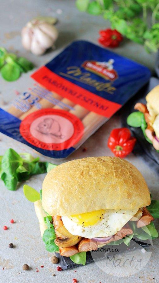 6852 - Kanapki z parówkami BBQ i jajkiem sadzonym