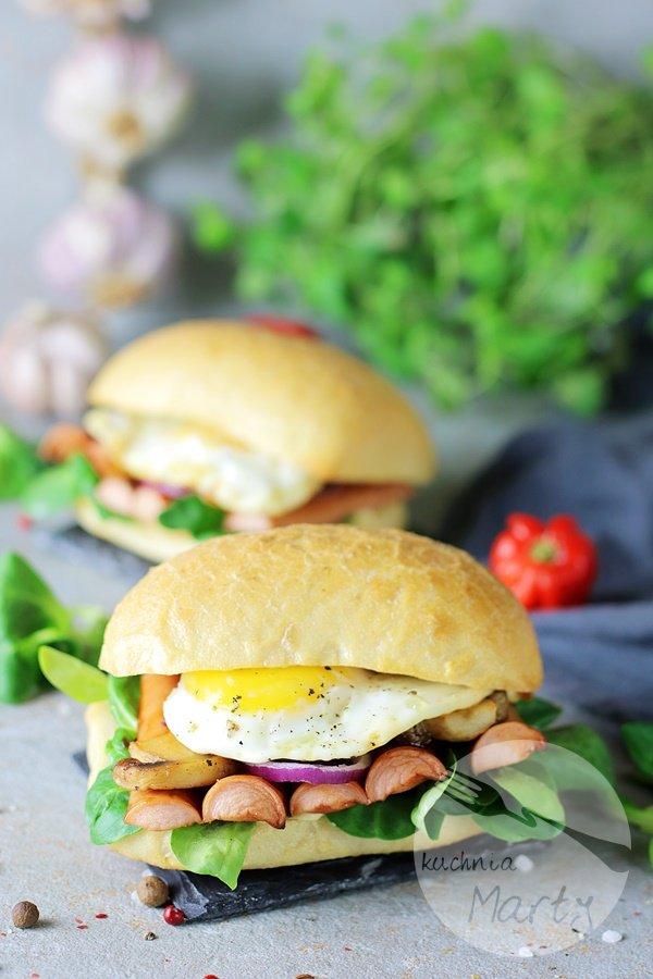6871 - Kanapki z parówkami BBQ i jajkiem sadzonym