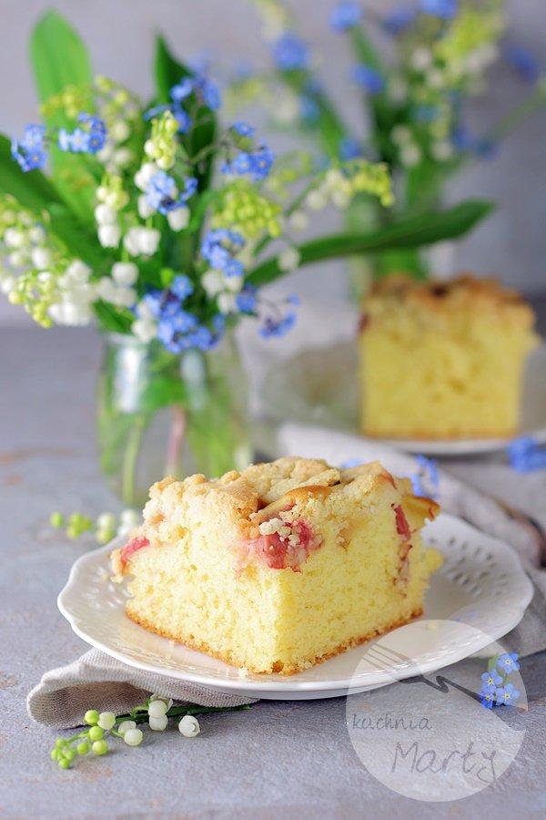 8036 - Szybkie ciasto z rabarbarem