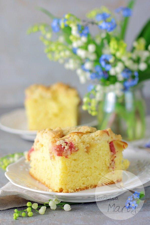 8069 - Szybkie ciasto z rabarbarem