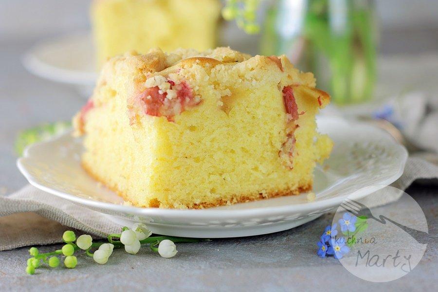 Szybkie ciasto z rabarbarem