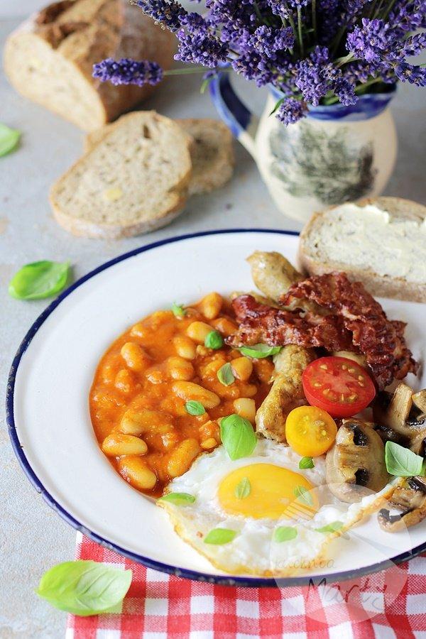 9126 - Angielskie śniadanie