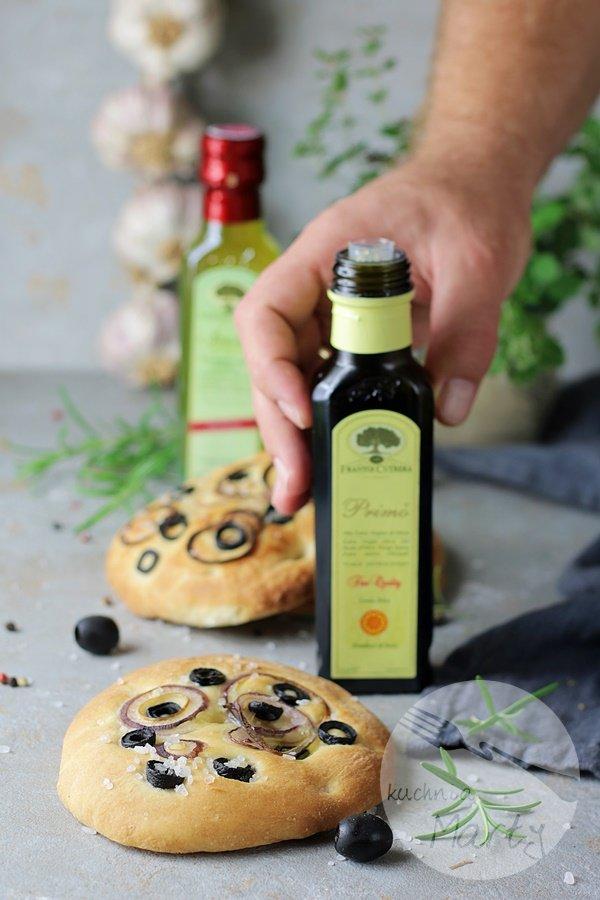 1318.900 - Focaccia z oliwkami i cebulą