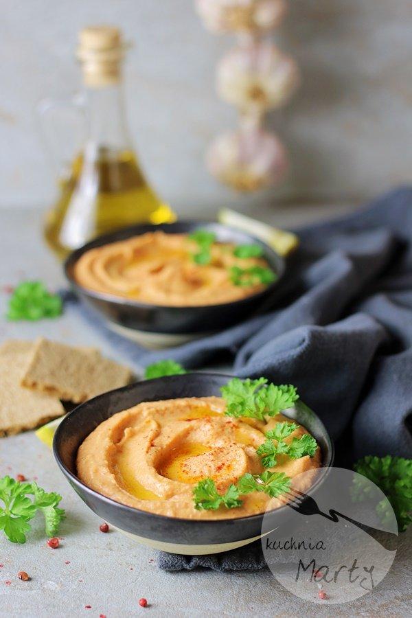 4208 - Hummus z pieczoną papryką